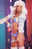 th_00759_Victoria_Secret_Celebrity_City_2007_FS515_123_1090lo.JPG