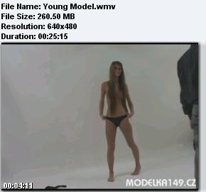 Фотограф развёл молоденькую модель на секс после фотосессии