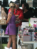 123mike HQ pictures of Victoria Th_05792_Victoria_Beckham_shopping_in_Beverly_Hills_167_123_1193lo