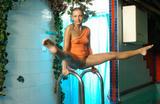 Фото приколы - Фото голых девушек.
