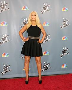 [Fotos+Videos] Christina Aguilera en la Premier de la 4ta Temporada de The Voice 2013 - Página 4 Th_986010688_Christina_Aguilera_58_122_356lo
