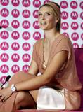 Maria Sharapova - pink motorola