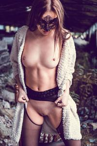 [Image: th_120724551_Marlyn_A_tle_private_1_122_450lo.jpg]