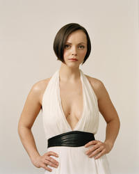 Christina Ricci – C. L. Photoshoot 2004 x 5